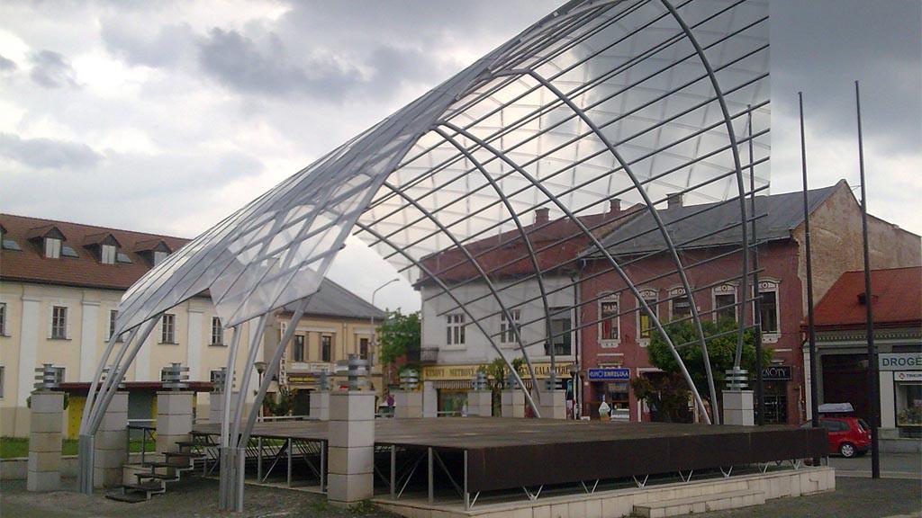 Javisko v Brezne